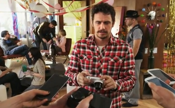 james-franco-samsung-galaxy-camera