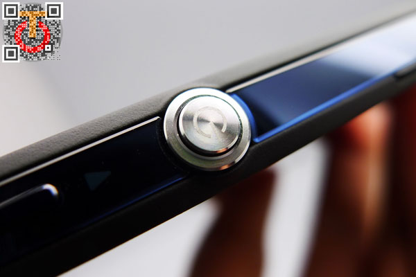 Sony-Xperia-Z-P1090588m