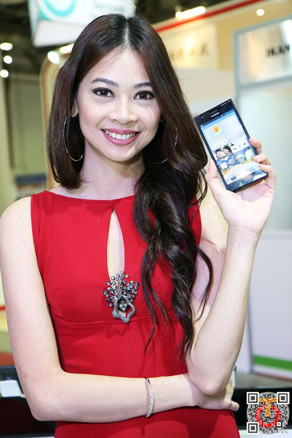 Huawei_Showgirls_IMG_5405m