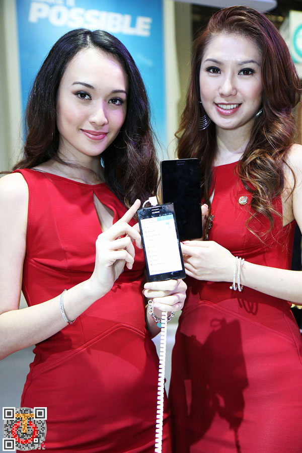 Huawei_Showgirls_IMG_5411m