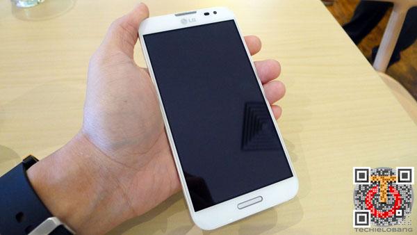 LG-Optimus-G-Pro-P1130521m