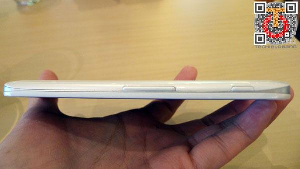 LG-Optimus-G-Pro-P1130527m