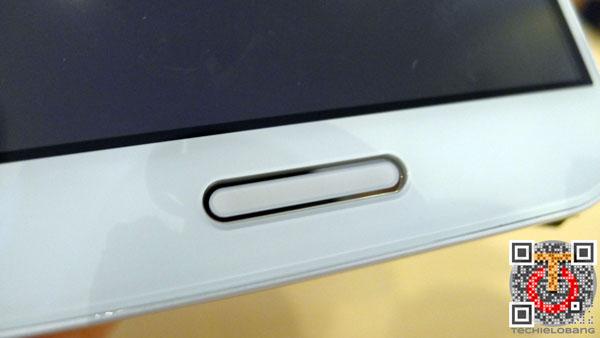 LG-Optimus-G-Pro-P1130532m