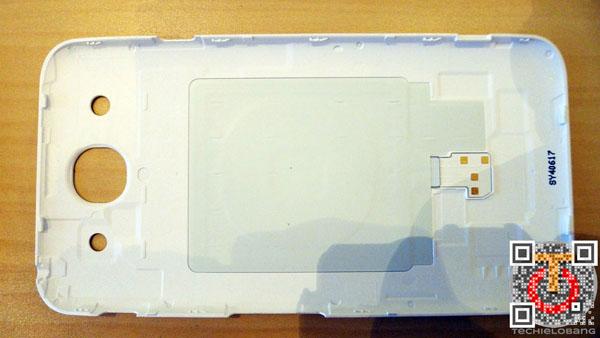 LG-Optimus-G-Pro-P1130537m