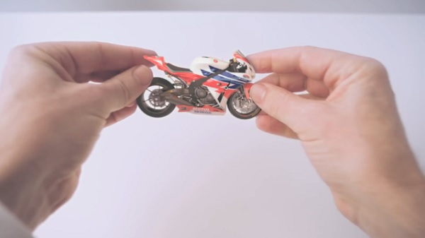 honda-hands-advert